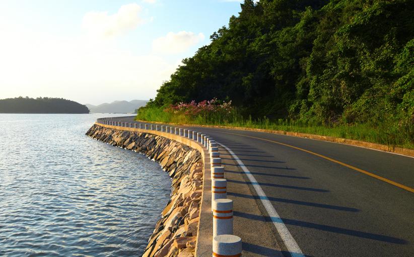 자전거를 타고 살아 숨쉬는 여수를 느끼는 자전거 여행